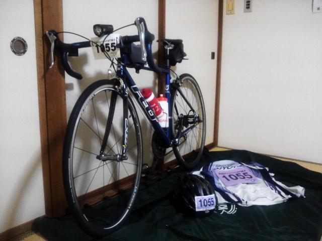 20130512_佐渡ロングライド宿屋の自転車.jpg